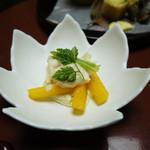 如心の里 ひびき野 - 柿 クリームチーズ 湯葉