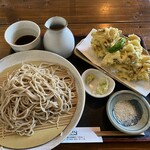 橅 - 料理写真:舞茸天ぷらそば900円
