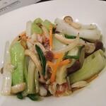 158114089 - 蟹肉と野菜の塩味炒め