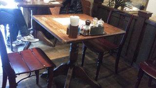 カフェ ラ・ボエム - 201211 ボエム テーブルはこんな感じ