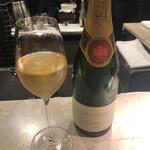 158122545 - アラン・ベルナール ブリュット プルミエクリュ デイジー                       →この夜は祝い事もあったので泡で乾杯(^^)スッキリとした泡は良いですね♪