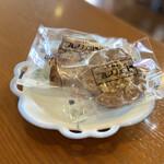 158136124 - 朝のサービスの焼き菓子
