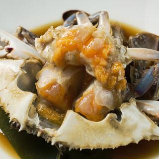 【ワタリガニの旨味たっぷり】人気韓国料理・カンジャンケジャン