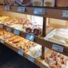 パン工房ブロートバッハ  - 料理写真:店内