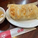 ニイハオ - 羽付き焼き餃子 ¥330