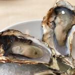 ザ オイスタールーム - 焼き牡蠣