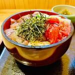 四季の味 ふじ芳 - 料理写真:◎海鮮づけ丼。ネタは新鮮で絶品。しかも安い。