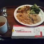 フードコロシアム グランベリーモール - エスニックコーナー 炒飯/回鍋肉/ブロッコリー炒め