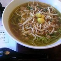 北京-麺はクタクタ、スープはまずい、ミンチもダメ、豆板醤は引っかき回されて残量ほぼゼロで出されてしかもコクが無い。ランチはまあまあ食えるが、銀杏ラーメンだけはオススメできない。