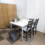 冷麺とちげのお店 Soups - テーブル席
