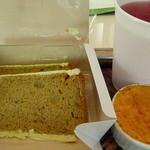 FOUET - 抹茶のシフォンケーキとクレームブリュレ