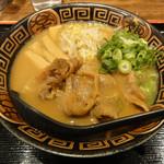 15820187 - 徳島らーめん(肉入り・中盛)