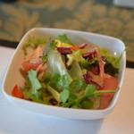 フォレストイン伊万里 レストラン - 料理写真:スパイシー野菜のサラダ