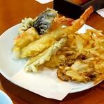 太陽の里 - 料理写真:天ぷら