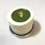 パティスリー マサキ - 料理写真:新商品のテベールショコラブラン。抹茶のクリームソースは濃厚です。