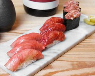 バル肉寿司 - 【テイクアウト】肉トロ3種盛り合わせ(牛肉大トロ×3・馬肉中トロ×3・馬肉ネギトロ×3)