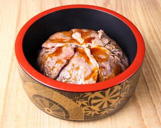 バル肉寿司 - 【テイクアウト】和牛トロカルビ丼