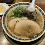 博多とんこつ 天神旗 - 若醤油とんこつ 800円(2021年9月)
