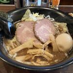 カミノ - 料理写真:味玉醤油らーめん1000円
