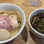 らぁ麺 はやし田 - 料理写真: