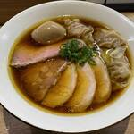 自家製麺 つきよみ - 特製ワンタン麺 醤油