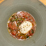 158258809 - 2021.9 桃とトマトのガスパチョスープに浮かぶ自家製ブッラータチーズ