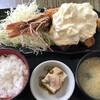 笑旨からあげ富や xx - 料理写真:大海老フライとやわらかムネ肉の唐揚定食@1100