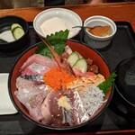158269769 - 漁師丼