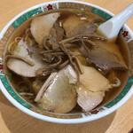 新京亭 - 料理写真:チャーシューワンタン麺。