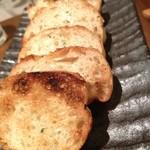 魚串さくらさく - ガーリックトースト