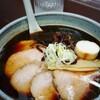 らぁめんや - 料理写真:ちゃーしゅーめん くろ(¥850)。 真っ黒なスープですがしょっぱさを感じません。