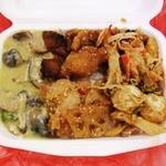アジアンランチ - フクロダケのグリーンカレー、蓮根と鶏南蛮、ピーナッツ味のがドガド