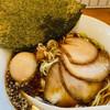 中華そば 閃 - 料理写真:特製醤油中華そば 1050円