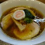 Chuukasoba fukamidori - 料理写真:黒出汁
