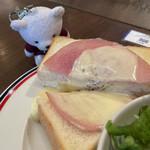 158314320 - ハムチーズトースト