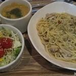 オーガニックスープ・コロンボ - パスタセット(850円)