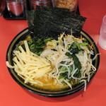 158348814 - ラーメン750円+野菜畑200円+タケノコ50円