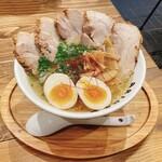 麺屋ARIGA - 料理写真: