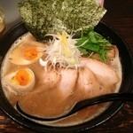 麺Dining 38 - 特製濃厚魚介ラーメン(950円)