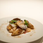レストラン オオツ - 2021.9 イタリア産ポルチーニ茸と苫小牧産ホッキ貝のソテー
