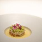 レストラン オオツ - 2021.9 富山産ベニズワイガニ 帆立のフラン トマトのジュレ ブレンダーで潰した枝豆