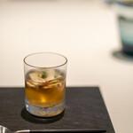 レストラン オオツ - 2021.9 鯛出汁に信州産松茸をアンフュゼした松茸コンソメスープ