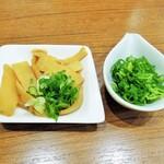 池田麺彩 - メンマ(トッピング)、ネギ増し(無料)