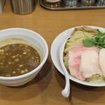 つけめん 桜坂 - 料理写真:濃厚煮干しつけめん 880円