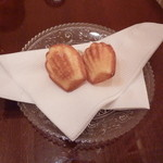 ロイヤルクリスタルカフェ - 2012年11月ミニ焼き菓子が付いて来ました♪