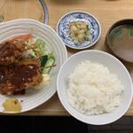 もつ焼 稲垣 - 串カツ定食 900円