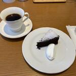 米安珈琲焙煎所 - 料理写真:米安ブレンドとガトーショコラ クラシック