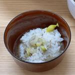ら〜めん コジマル - 〆の茶飯