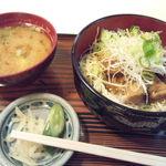 竜安寺 あいおい - 豚角煮丼