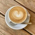 ウイークエンダーズコーヒー - カフェラテ